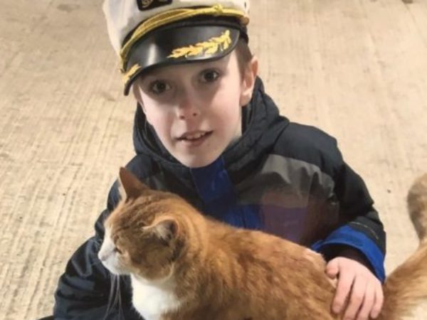Colin, child with cat
